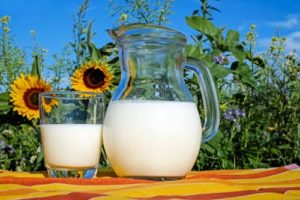 Сертификат и декларация на молоко и молочную продукцию